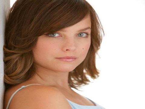 Allison Miller Bio  Net Worth  Career  Married  Personal