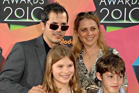 John Leguizamo Bio: net worth, career, film, married ...