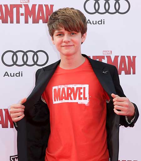 Young Actor In The Block Ty Simpkins- His Net Worth and
