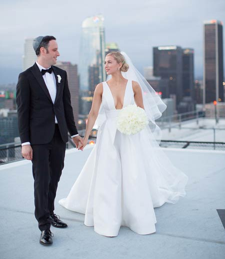 Story Comedian Iliza Shlesinger Wedding: Actress And Reality Star Iliza Shlesinger Married To Her