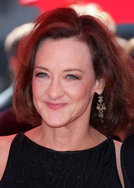 55 years hollywood actress joan cusack 39 s movies and tv shows her net worth and overall properties. Black Bedroom Furniture Sets. Home Design Ideas