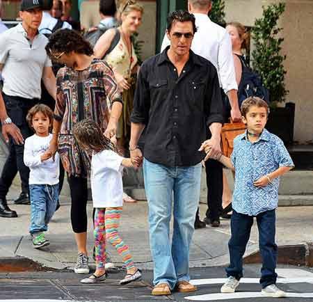 Matthew McConaughey Bio: net worth, height, wife, movies ...