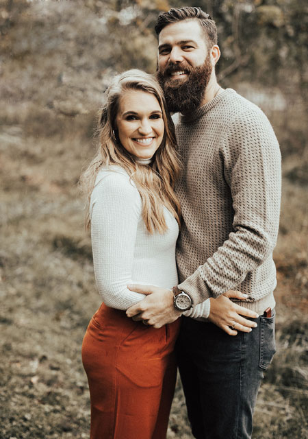 Country Singer Jordan Davis And Wife Kristen Expecting Their First Child-9186