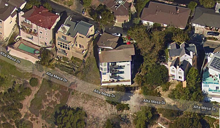 Photo: house/residence of the nice 10 million earning Los Angeles, California-resident