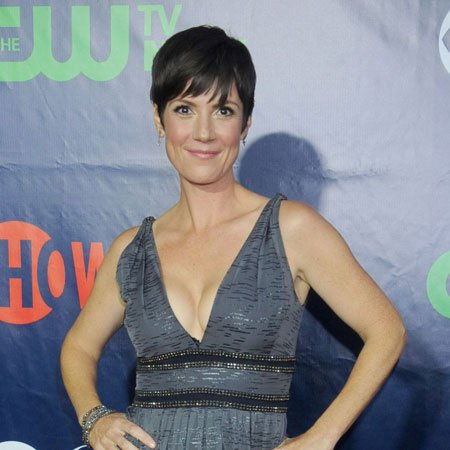 Zoe McLellan body