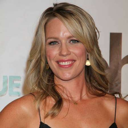 jessica st clair bio affair married spouse salary. Black Bedroom Furniture Sets. Home Design Ideas