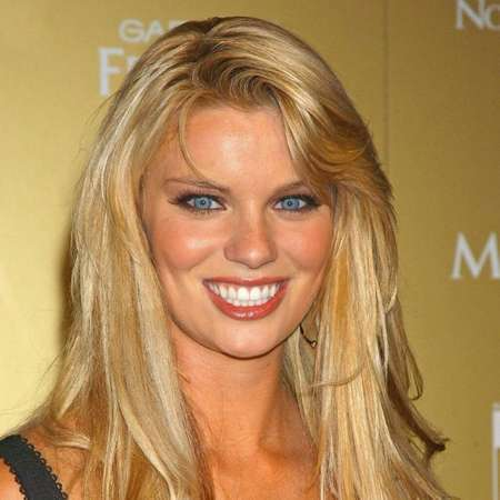 Nichole Hiltz mp4 images 15
