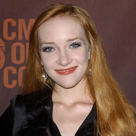 Scarlett Pomers kyra