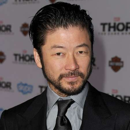 The 43-year old son of father Willard Overing and mother Junko, 179 cm tall Tadanobu Asano in 2017 photo