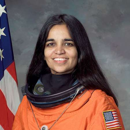 the person i admire the most kalpana chawla Kalpana chawla was born into a culture that didn't and second indian-american person to go into space in 15 days chawla logged 252 orbits around the earth.
