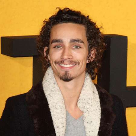 Robert Sheehan| Intro & Bio | Irish Actor