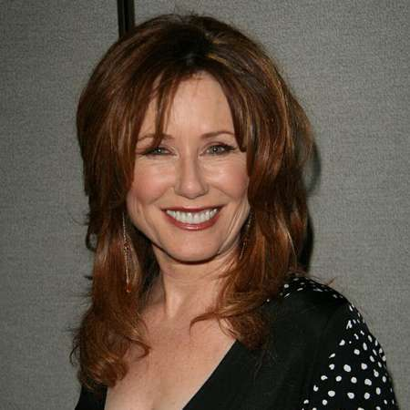 Mary McDonnell bio