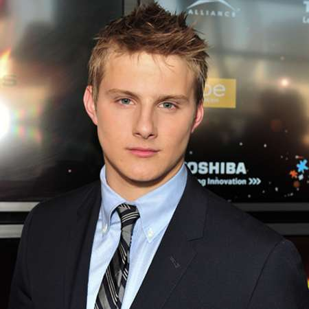 Alexander Ludwig Alexander Ludwig Bio salary net worth singing age height