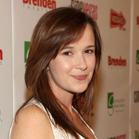Claire van der boom bio age height tv show movies net worth boyfriend affair - Deksel van de boom ...