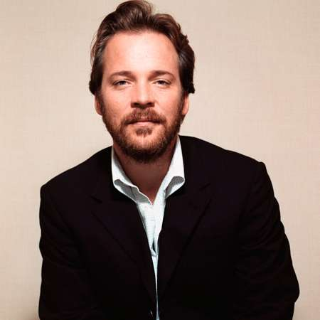 Peter Sarsgaard Bio - filmography, height, weight, salary ... Maggie Gyllenhaal Wiki