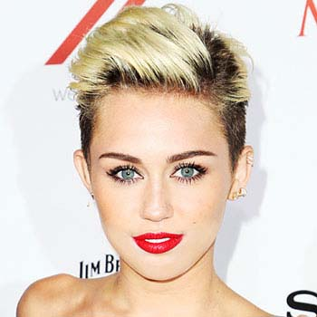 Miley Cyrus Biography, Family, Boyfriend, Music, Children, Awards and Worth