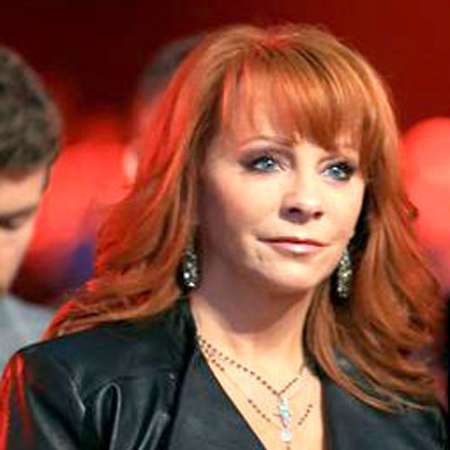 Hire Reba McEntire for Your Event
