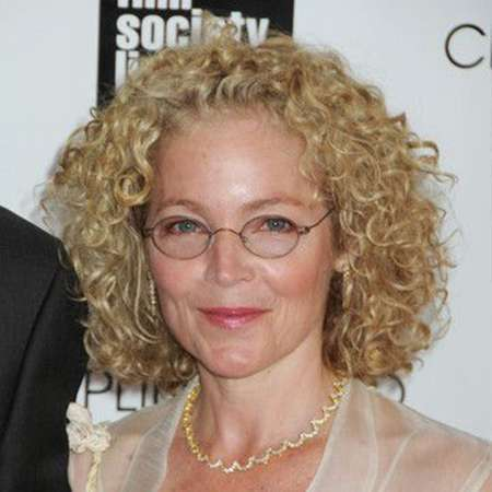 The 67-year old daughter of father (?) and mother(?) Amy Irving in 2020 photo. Amy Irving earned a million dollar salary - leaving the net worth at million in 2020