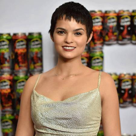 Brianna Hildebrand Bio Net Worth Boyfriend Career And More
