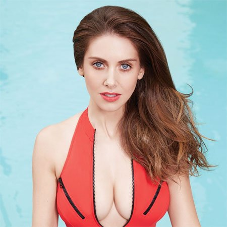 Alison brie community 04 annie039s christmas song 3