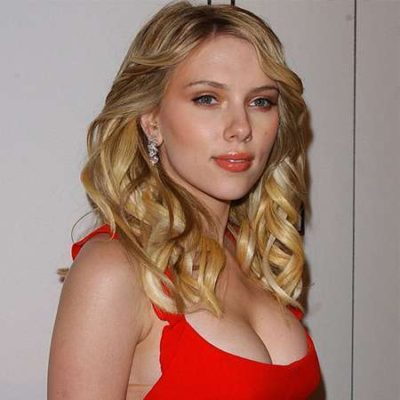Scarlett Johansson Bio: net worth, daughter, affairs ...