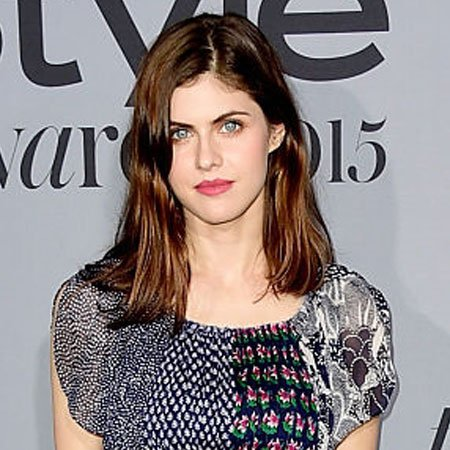 Alexandra Daddario | Bio - age,net worth,affair,boyfriend ...