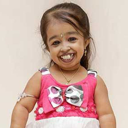 Jyoti Amge | Bio - age,net worth,affair,boyfriend,married ...