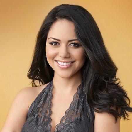 Alyssa Diaz naked 689