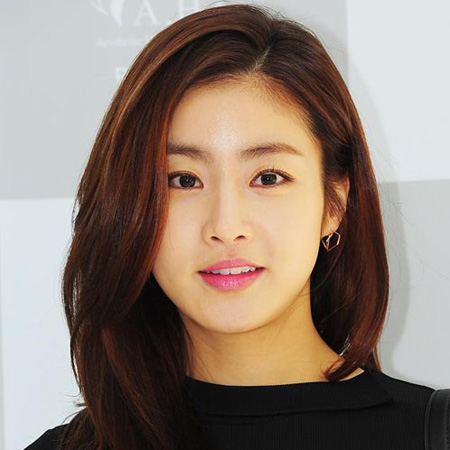 Kang Sora dating 2013