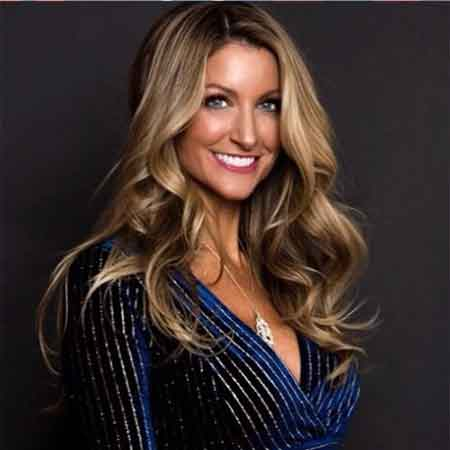 McKinzie Roth-Age, married, Wiki, Commercials, net worth