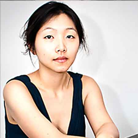 Aged 33 Years Julia Hsu Currently Single