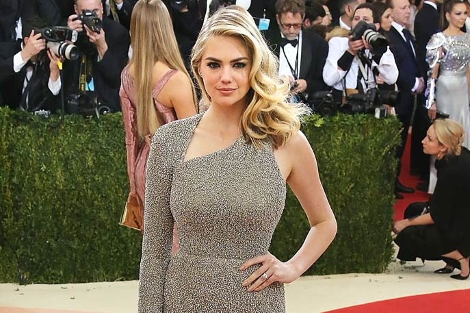 Kate Upton flaunts her engagement ring at 2016 Met Gala