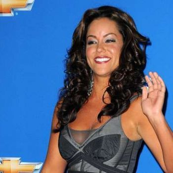 ABC orders to series Comedies starring Katy Mixon