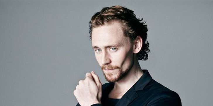 Actor Tom Hiddleston says his relationshiop with Taylor Swift, the singer, is not a publicity stunt