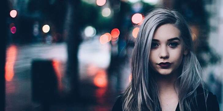 Have you got any idea about who is Amanda Steele? Find out more about the famous teen YouTuber, here