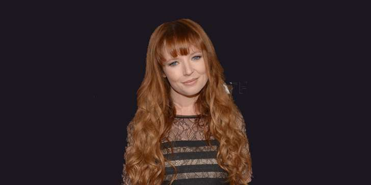 is the rumor of young actress Stef Dawson having a boyfriend true? Or, is she already married?