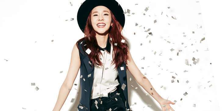 Be acquainted with Korean Singer Sandara Park's net worth, personal life, and more, here!