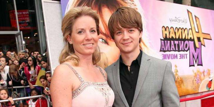 Know about the life of Disney star Jason Earles ex-wife Jennifer Earles after divorce.