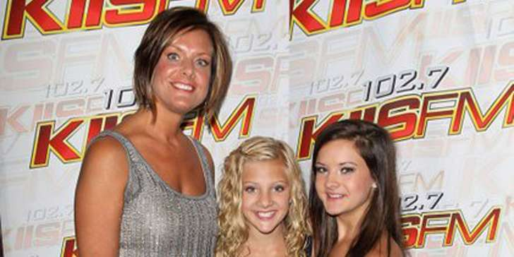 Dance Mom's participant Kelly Hyland is happily married with her husband Randy and chidren