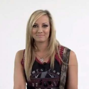 Find out more about the career and net worth of hot guitarist Nita Strauss