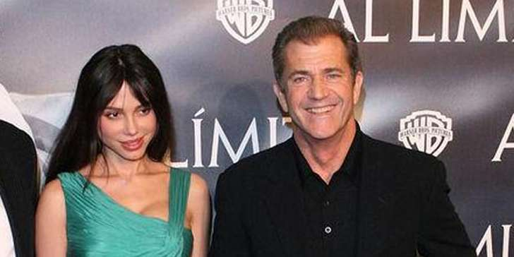 Actor Mel Gibson's ex-girlfriend  loses $500,000 for speaking out after splitting