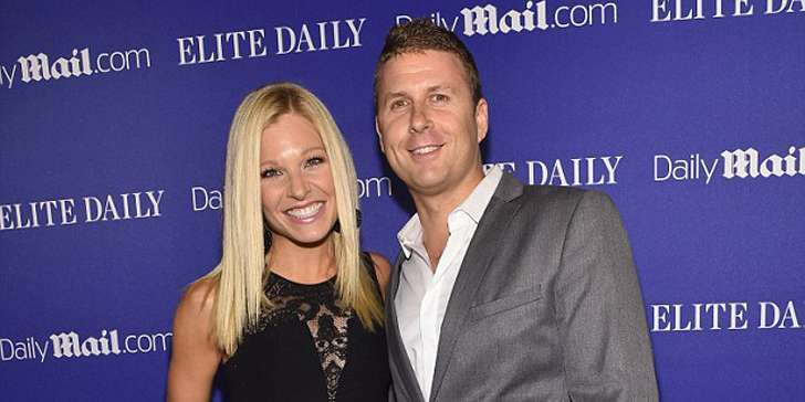 Tim Stuckey is happy enough to marry his girlfriend Anna Kooiman, a news anchor for FOX news channel