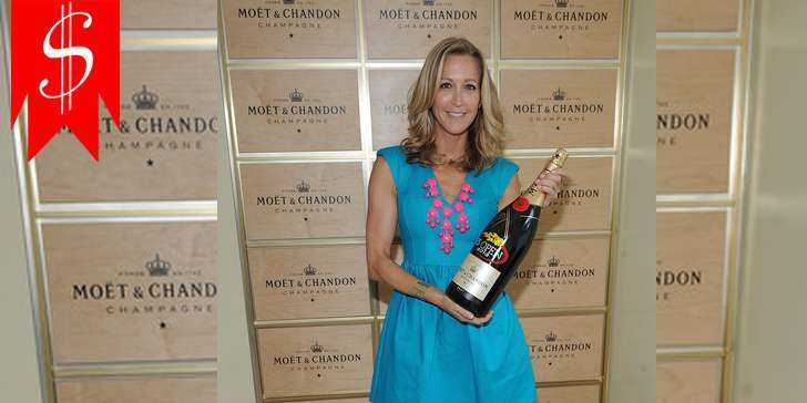 Is ABC's Journalist Lara Spencer happy with her earning? What is her salary and net worth in 2016?
