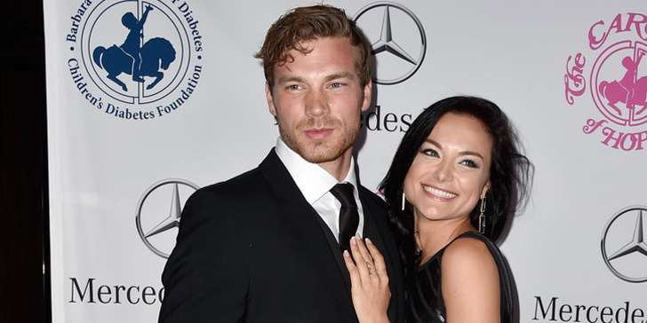 Is actress Christina Ochoa the girlfriend of Baby Daddy's actor Derek Theler?