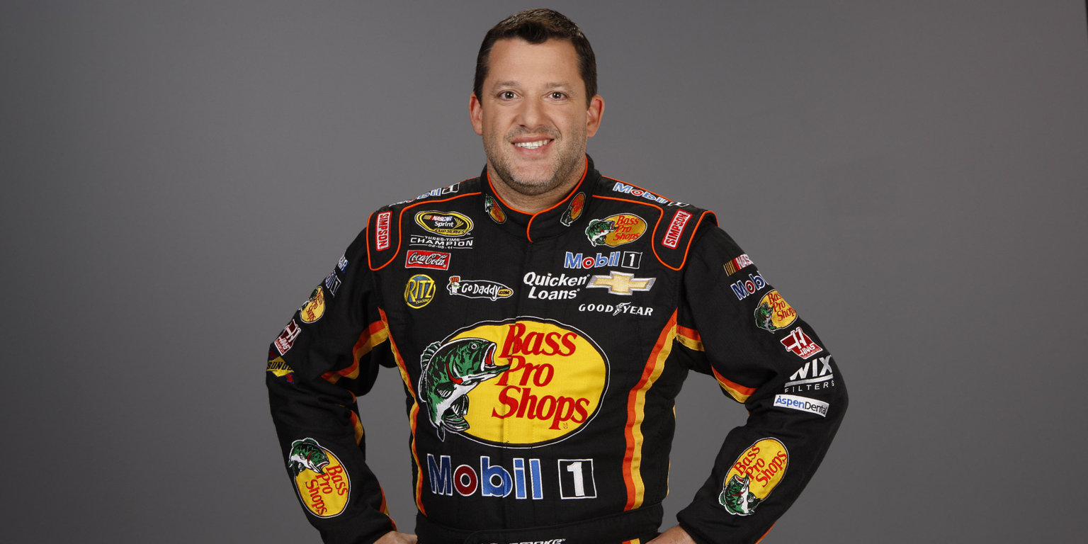 Highlight the professional life of race car driver Tony Stewart along with his dating history