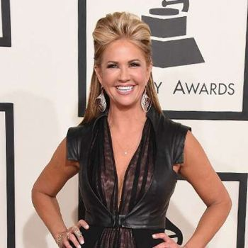 Entertainment tonight's host Nancy O'Dell is satisfied and happy with changes after surgery