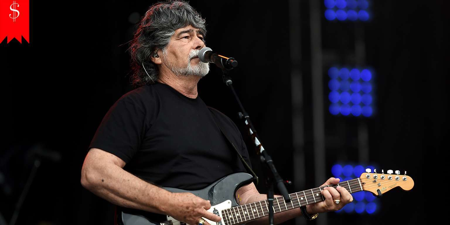 Rock band vocalist Randy Owen's net worth and musical career just got better with his age