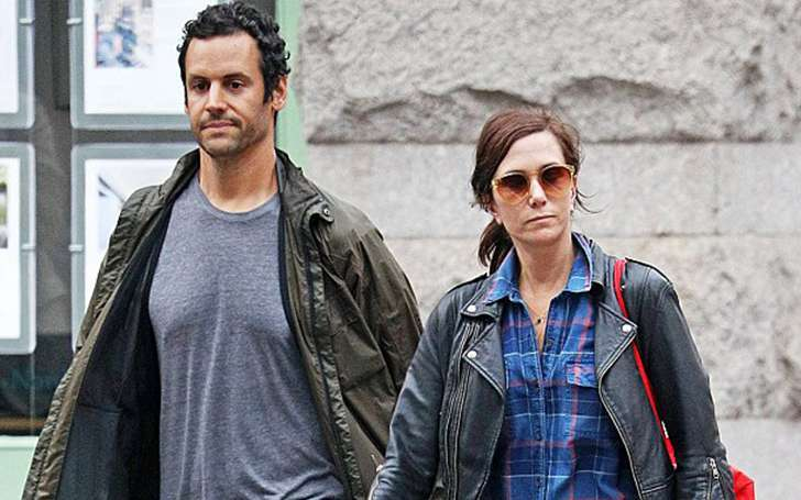 Actress Kristen Wiig is happy with her relationship with Avi Rothman. Know more about her relation