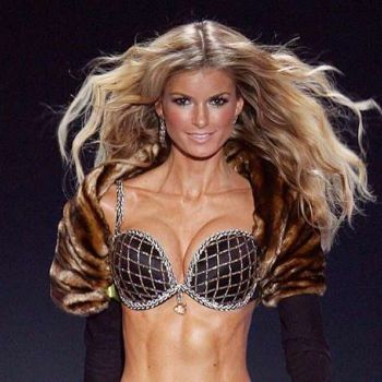 Supermodel Marisa Miller is happy as a mother, with her babies. Find out about her married life.