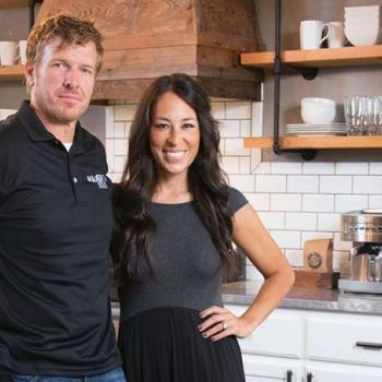 How much does Joanna Gaines and Chip Gaines earn? Know more about the couple and their TV shows